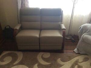 3 Piece Leather Lounge Thabeban Bundaberg City Preview