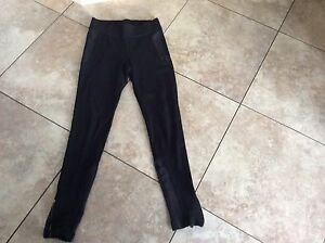 Beautiful Zara Basic Black Pants size Medium