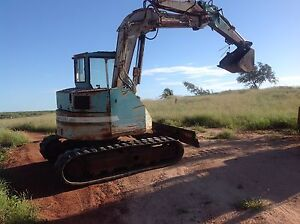 Komatsu Excuvator Eighty Mile Beach Broome City Preview