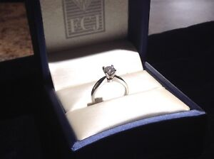 Solitaire Diamond Engagement Ring  0.70 ct
