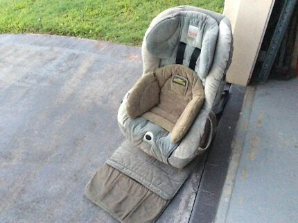 Safe N Sound Meridian AHR Retractor Car Seat