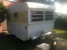 Vintage York Caravan -Renovated- CHEAP & GOOD CONDITION! Strathmore Moonee Valley Preview