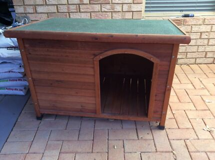 Extra Large Wooden Dog Kennel Kingsley Joondalup Area Preview