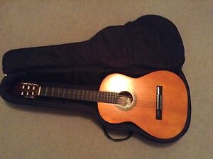 Valencia 6 string Acoustic Guitar 3/4 Size w Case $80 retail norm Avalon Pittwater Area Preview