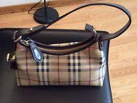 Burberry (Sac à main) (Handbag)