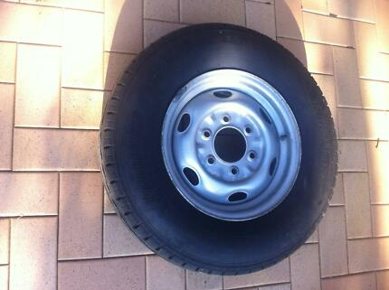 "1 x Bridgestone R623 195R14C 8PR Tyre on 14"" 6 Stud Rim Seabrook Hobsons Bay Area Preview"