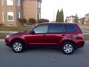 2009 AWD Subaru Forester 2.5 X CERTIFIED LOW MILEAGE 114000km