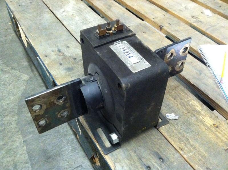 170R-401 Square D Current Transformer 400:5