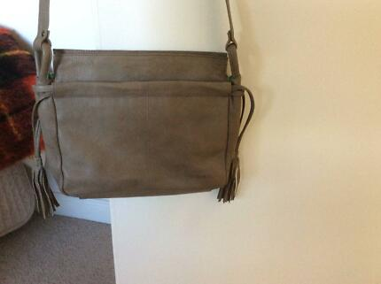 Gabee Las Leather Handbag Cross Body Bag