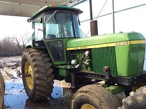 REDUCED 4230 John Deere tractor with front end loader