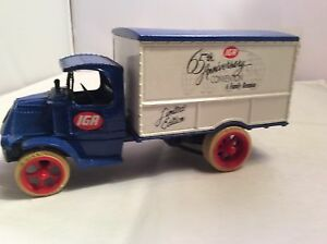 Diecast Cast 1936 Delivery Truck. mint
