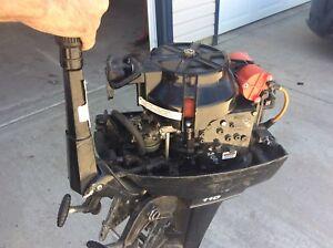 Merc 9.9 hp motor