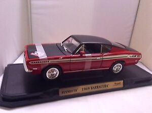 Die Cast Muscle Car 1:18 Mint 1969 Barracuda