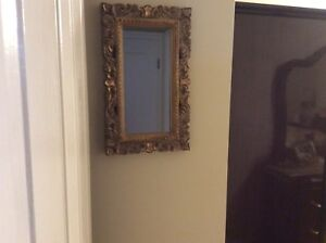 GOLD DESIGN WALL MIRROR