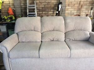 Large 3 - 4 seater lounge excellent condition Dubbo Dubbo Area Preview