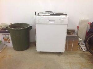 Dishwasher for sale !!