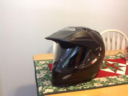 Arai XD4 motorcycles helmet
