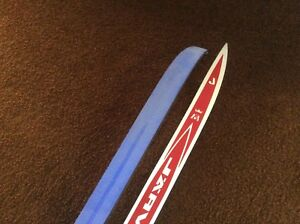 Cross country skis - new