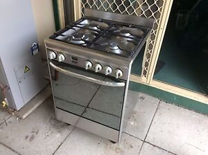Cooker freestanding 600mm(wide) Willagee Melville Area Preview