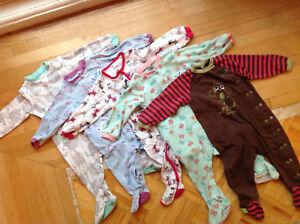 Lot vêtements bébé fille 12 mois (80 morceaux)