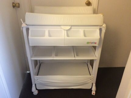 Baby Change Table And Bath Combo With Under Storage In Tuart Hill