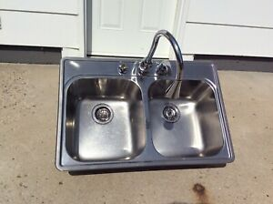 Double Stainless Steel Kitchen Sink and Faucet