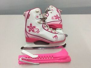 Patin fille junior 3 en excellent état