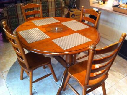 Dining Table Chairs Oval Shape Solid Timber 140 X 120 Extends