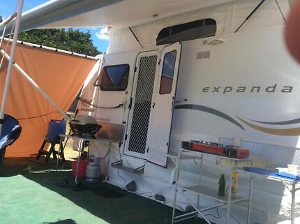 Jayco expander caravan outback 16.49