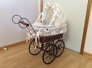 Antique style doll pram Lindisfarne Clarence Area Preview