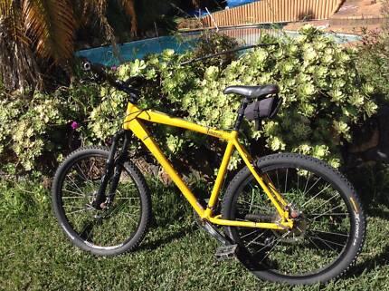 Mongoose AMASA Pro Comp Mountain Bike Eleebana Lake Macquarie Area Preview