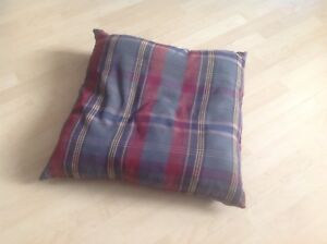 Gros coussin 24 x 24