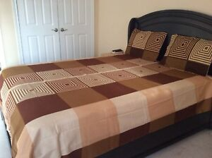 Queen bed sheets brand new with pillow cases