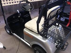 Golf cart and trailer Dunlop Belconnen Area Preview