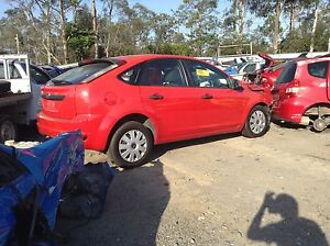 Ford Focus 2009 5 door hatch,4cylinder auto wrecking complete car Loganlea Logan Area Preview