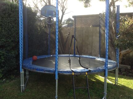 10ft trampoline in great condition swap or buy St Albans Park Geelong City Preview