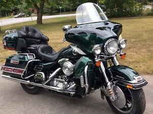 1997 HARLEY DAVIDSON ULTRA CLASS IN MINT CONDITION!!