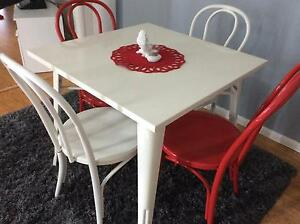 Dining table and 4 chairs Redcliffe Redcliffe Area Preview