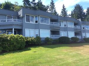 Fully Furnished Waterfront Condo for Rent Qualicum Beach