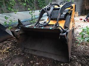 Mini skid steer wet hire Darwin CBD Darwin City Preview
