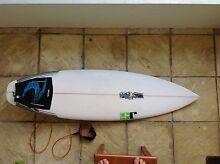 Surfboard 5'6 Golden Beach Caloundra Area Preview