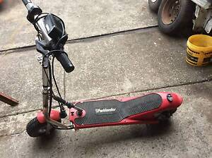 electric scooter parklander 24v with charger batteries are dead d Mount Druitt Blacktown Area Preview