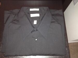 Van Heusen men's black dress shirt