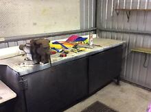 Work bench with vice Glen Forrest Mundaring Area Preview