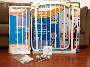 Dreambaby security gate Bankstown Bankstown Area Preview