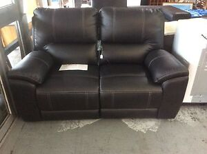UNCLE SAMS BUYING AND SELLING SECONDHAND FURNITURE Derwent Park Glenorchy Area Preview