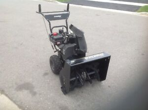 Almost brand new MURRAY Dual stage / Self propelled  snowblower