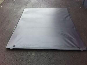 Like new soft OEM trifold Ford F-150 6 and half foot cover