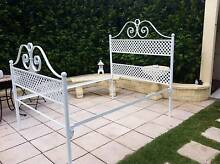 Victorian style wrought iron double bed Alexandra Hills Redland Area Preview