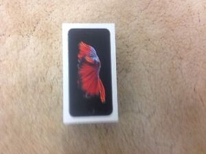 iPhone 6s Plus only 6 months old .....like NEW Woodvale Joondalup Area Preview